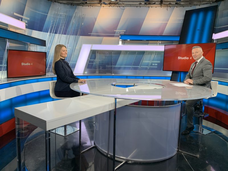 Direktorica OIEH Maja Pokrovac i voditelj i urednik Petar Vlahov u emisji Studio 4/HRT