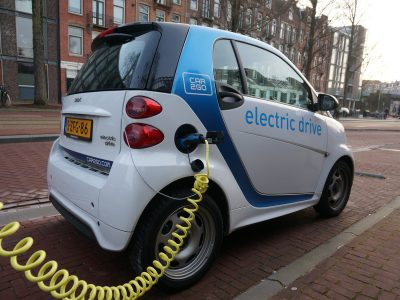 Thirty-nine e-vehicles in April – the market in expectation of incentives